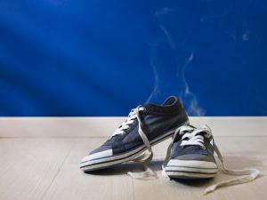 Använd inte samma par skor varje dag, även om du älskar dem
